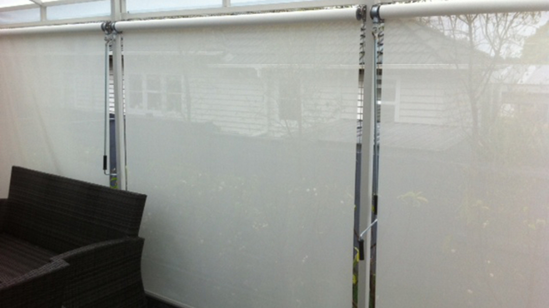 Crank rolled outdoor blinds image 5