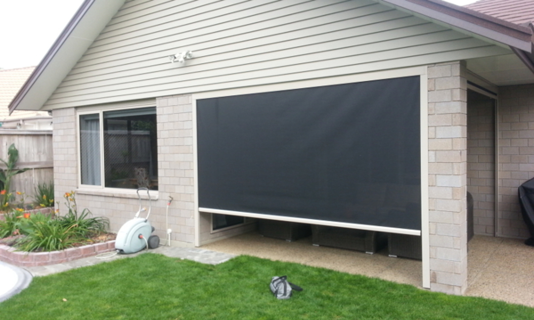 Channel Side outdoor blinds image 1